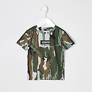 Mini - Kaki T-shirt met bies en camouflageprint voor jongens