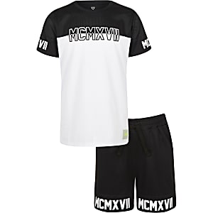 Boys black mesh printed T-shirt outfit