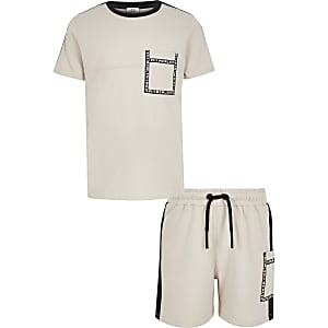 Boys stone utility T-shirt outfit