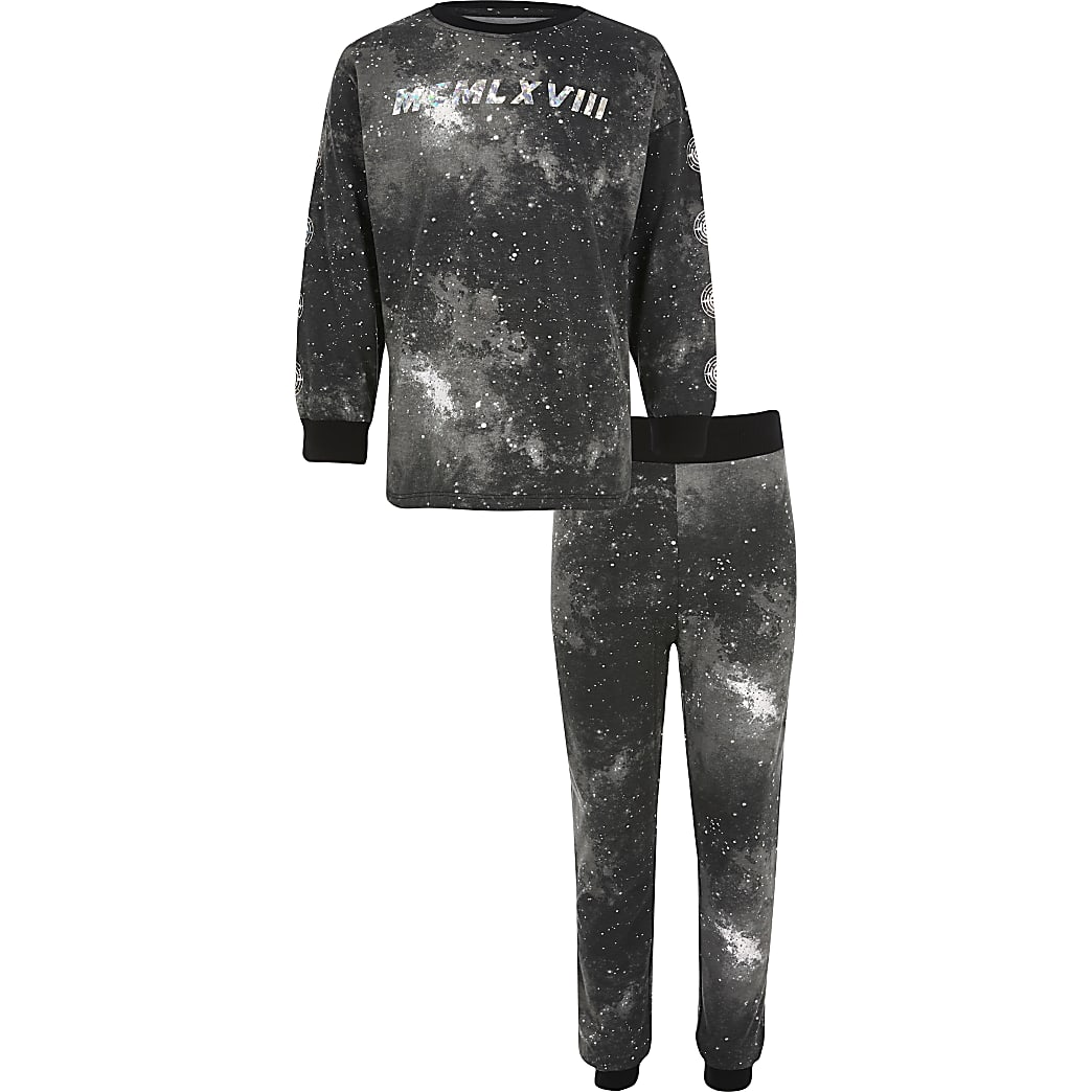 Boys 'MCMLXVIII' black pyjama set