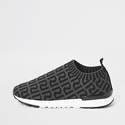 Boys grey RI monogram runner trainers