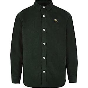 Chemiseboutonnée en velours côtelé vert à manches longues