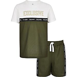 Boys khaki printed mesh T-shirt outfit