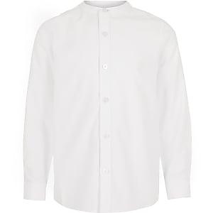 Langärmeliges weißes Hemd mit Grandad-Kragen für Jungen