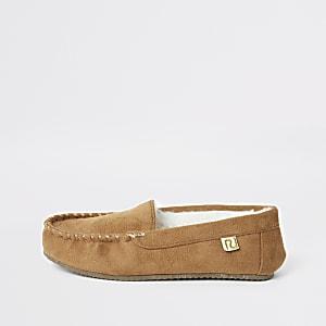 Bruine moccasin pantoffels voor jongens