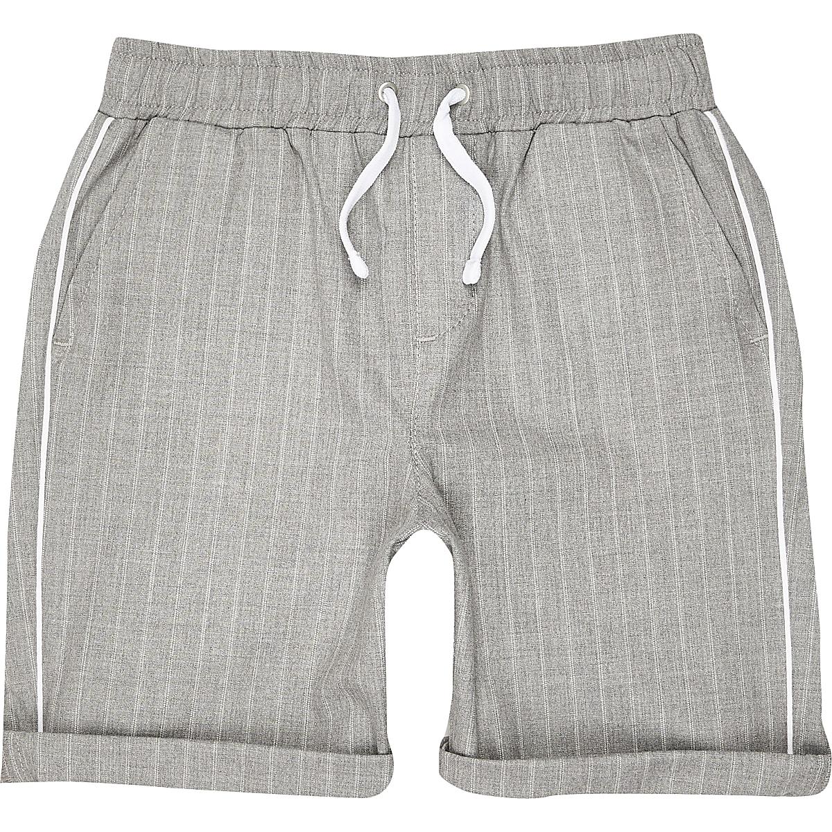 Boys grey stripe shorts