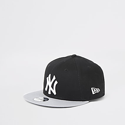Boys New Era NY black cap