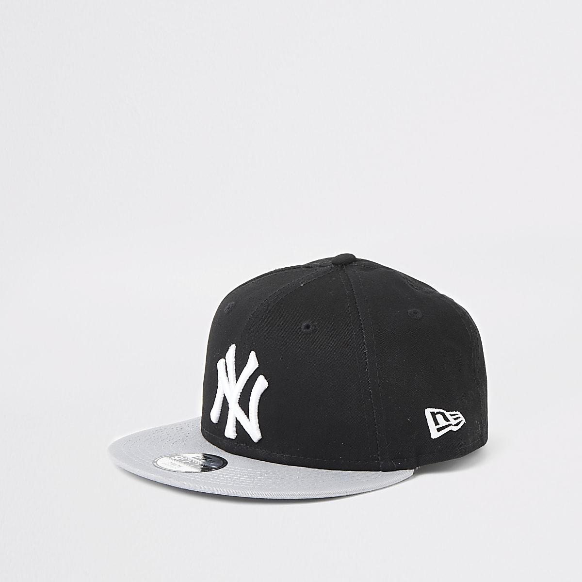 Boys New Era NY black cap