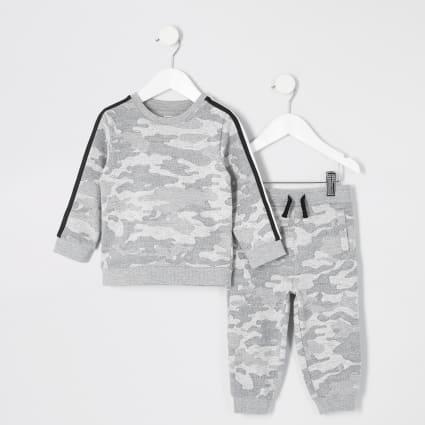 Mini boys grey camo sweatshirt outfit