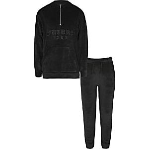 Outfit met zwarte geborduurde velours hoodievoor jongens