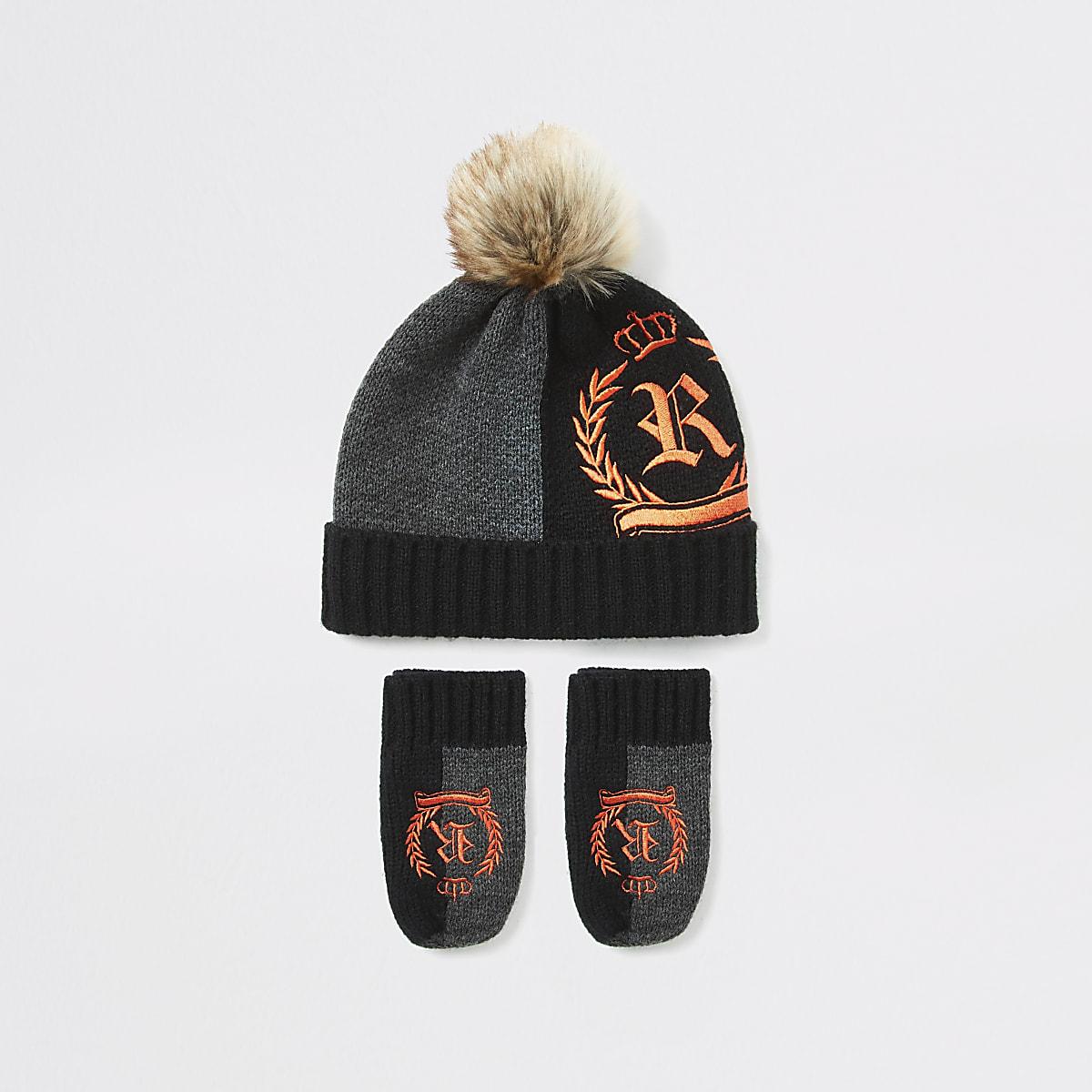 Mini boys black RI crest hat and mitten set