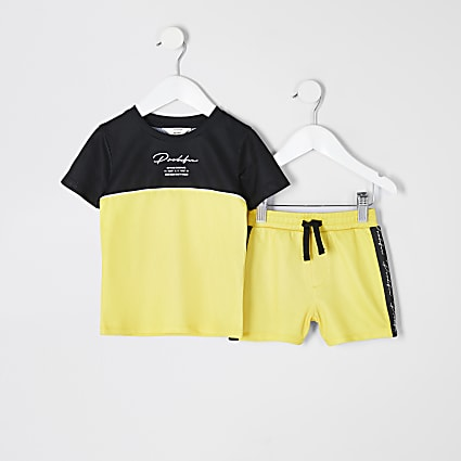 Mini boys yellow Prolific mesh T-shirt outfit