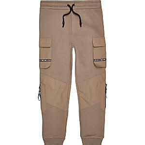 Kiezelkleurige MCMLX utility joggingbroek voor jongens