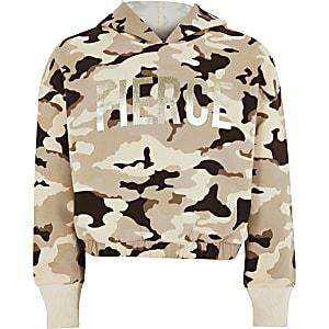"""Folienprint-Hoodie """"Fierce"""" für Mädchen in braunem Camouflage"""