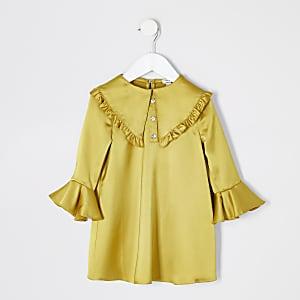 Mini -Gele satijnen jurk met ruches aan de kraag voor meisjes
