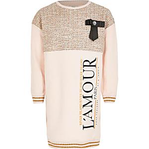 Roze bouclé sweaterjurk met 'L'amour'-tekst en strik voor meisjes