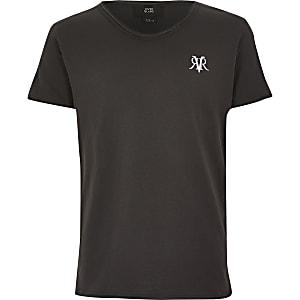 T-shirt RVR grisà encolure dégagée pour garçon