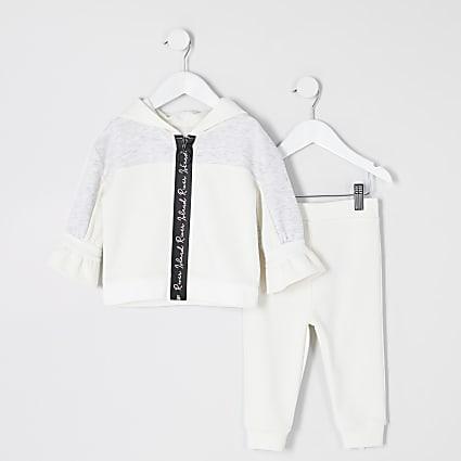 Mini girls RI Active cream zip hoodie outfit