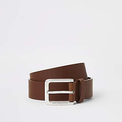 Boys brown buckle belt