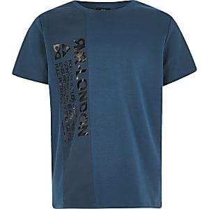 MarineblauwT-shirt met kleurvlak en nylonprint voor jongens