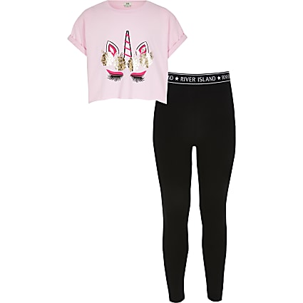 Girls pink unicorn print T-shirt outfit