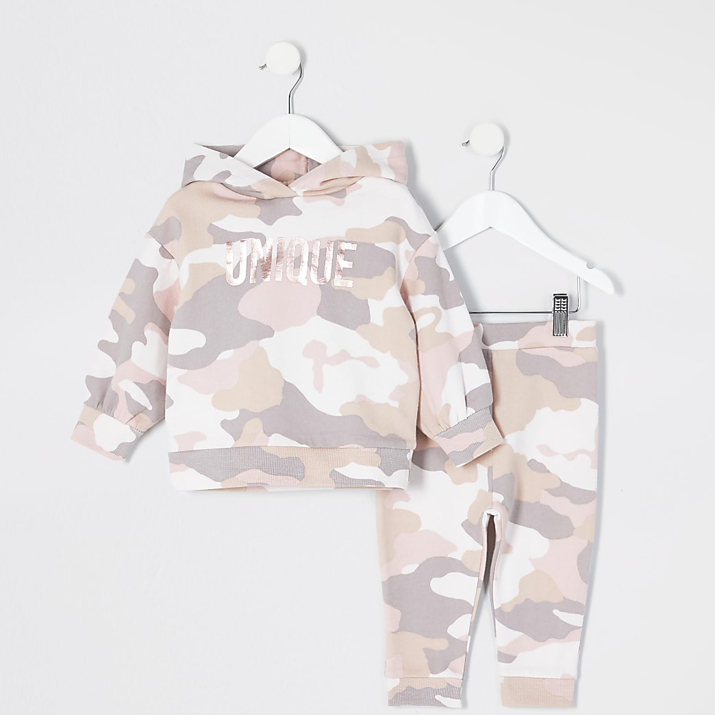 Mini girls pink camo 'Unique' hoodie outfit