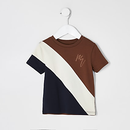 Mini boys brown colour blocked T-shirt