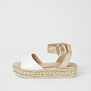 Weiße Plateau-Sandale mit Nieten für Mädchen