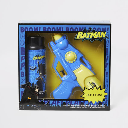 Boys Batman water shooter and bath set