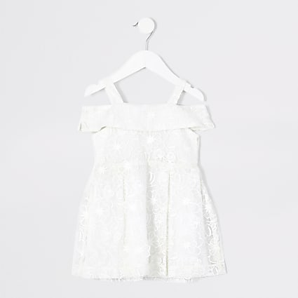 Mini girls white floral embroidered dress