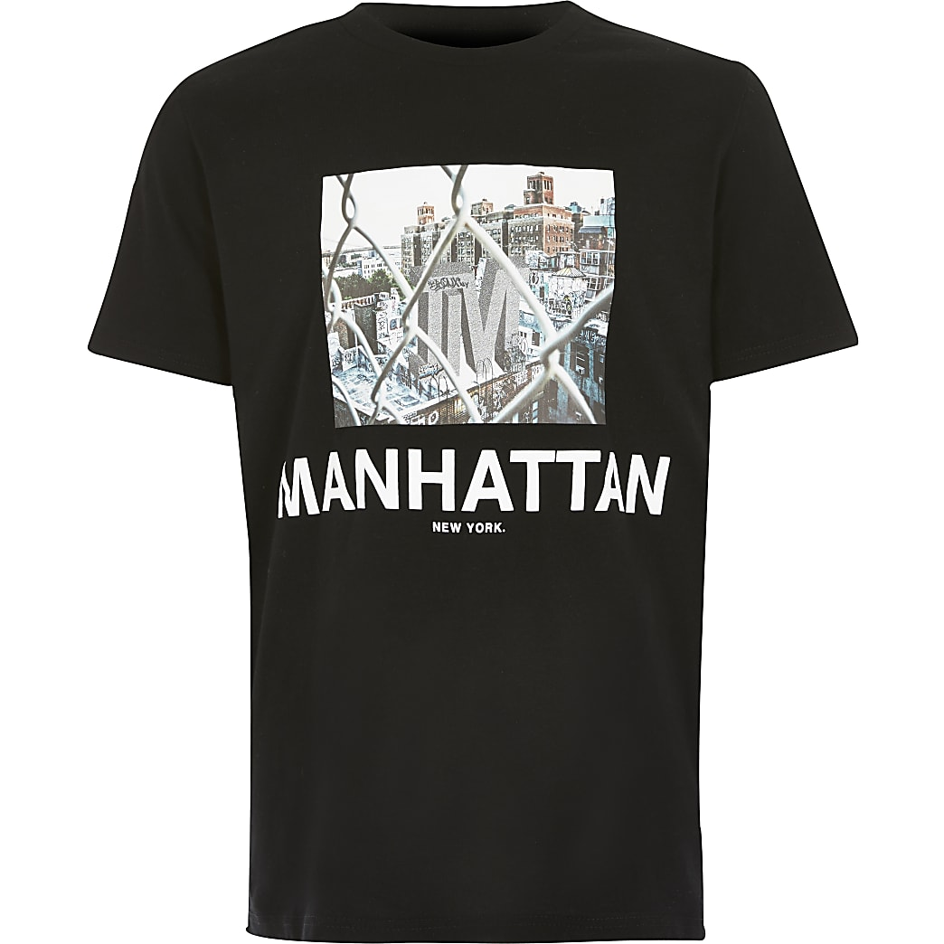 Boys Manhattan print black T-shirt