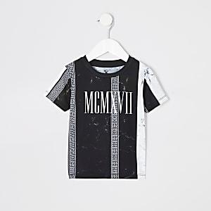 Schwarzes T-Shirt mit Marmorstreifen-Print für kleine Jungen