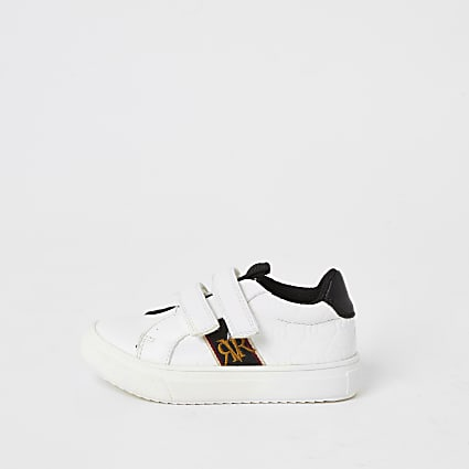Mini boys white RI embossed velcro trainers