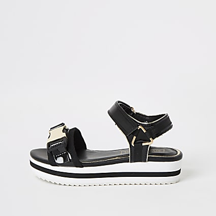 Girls black clip strap cleated sandals
