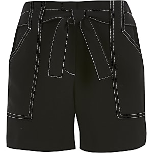Zwarte short met contrasterend stiksel voor meisjes