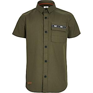 Kurzärmeliges Utility-Hemd für Jungen in Khaki