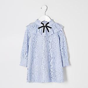 Mini - Blauwe kant jurk met ruches en strik rond hals voor meisjes