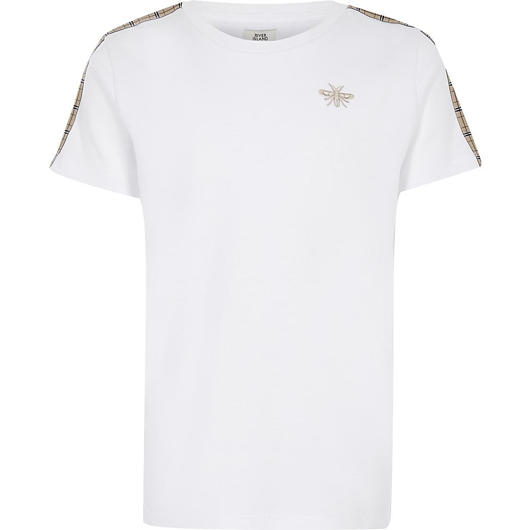 T-shirt blanc à manches courtes avec bande à carreauxpour garçon