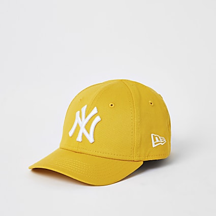 Mini kids New Era yellow NY curved peak hat