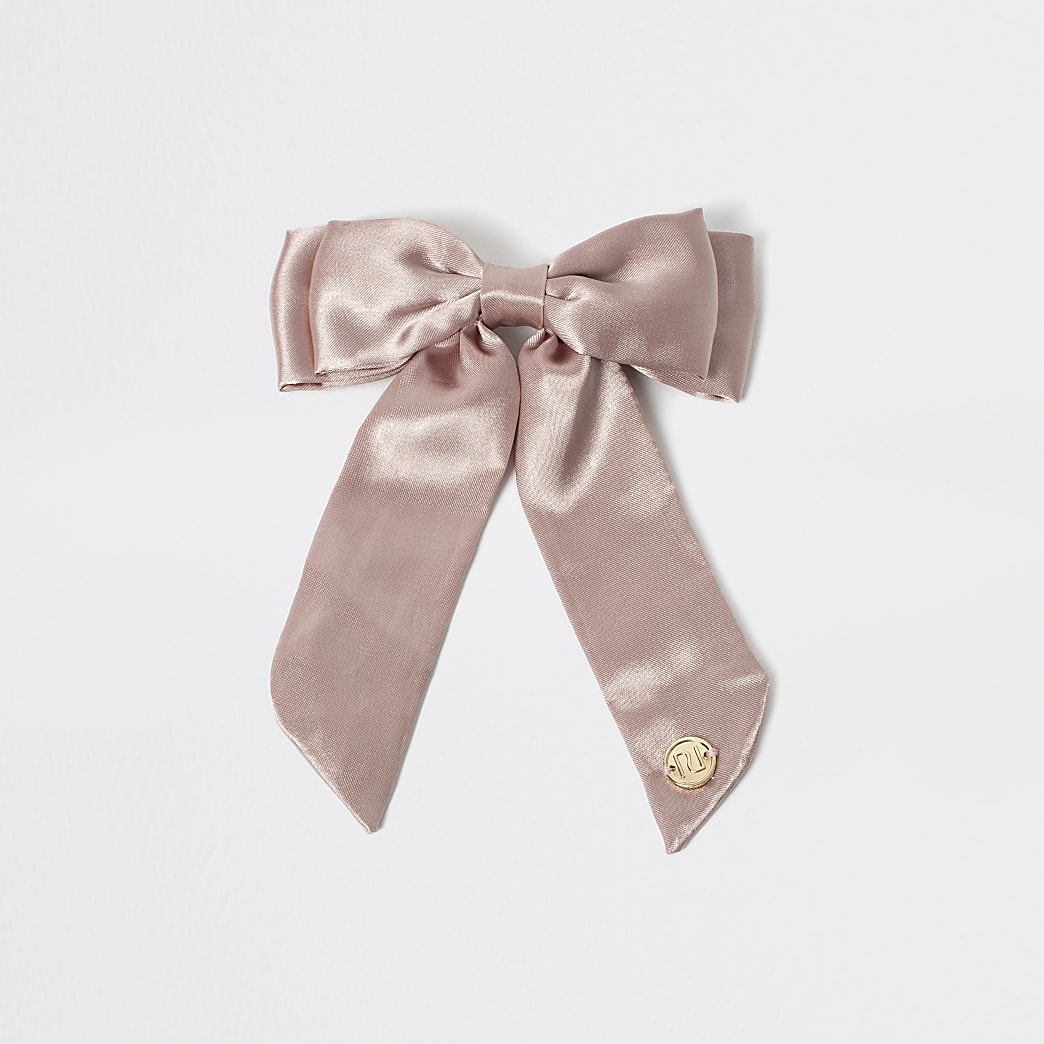 Girls pink satin bow clip