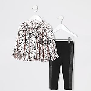 Pinkfarbenes Blusen-Outfit mit Print und Rüschen für kleine Mädchen