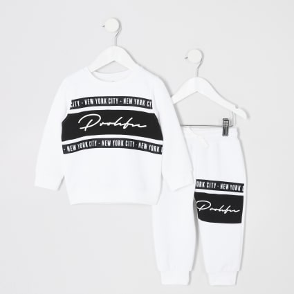 Mini boys white Prolific sweatshirt outfit