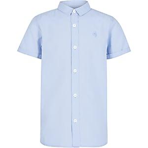 Chemise en sergé bleue à manches courtes pour garçon