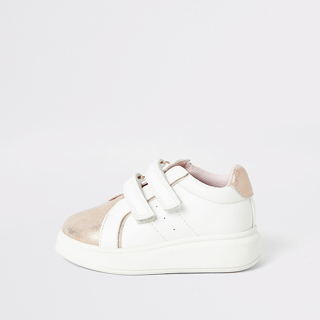 Mini girls pink metallic wedge sole trainers