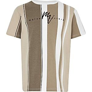 Hellbraunes T-Shirt mit Streifen und Fischgrätenmuster für Jungen