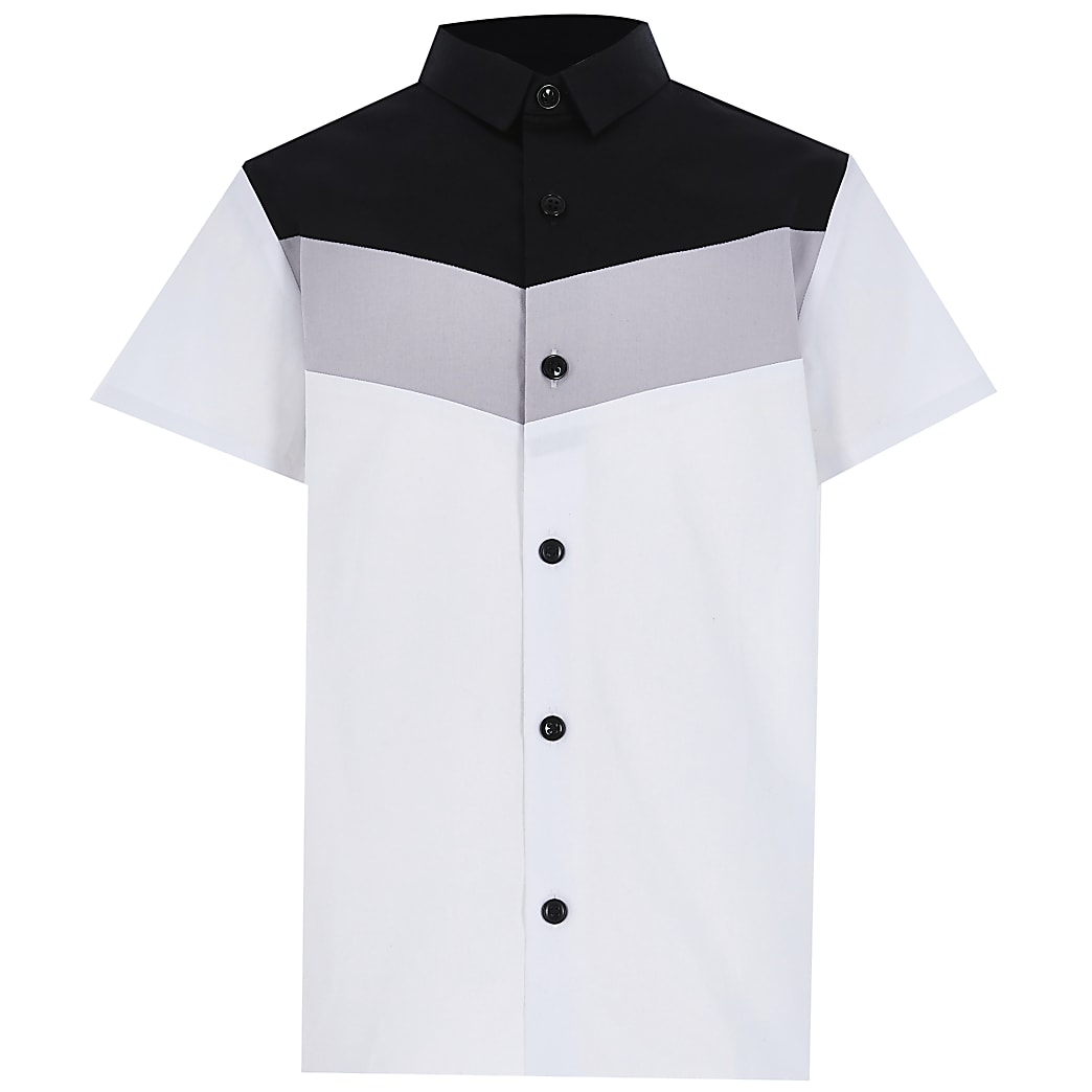 Boys white chevron colour block shirt