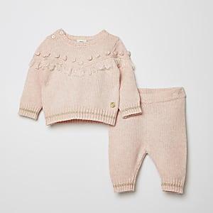Strickpullover-Outfit mit Quasten für Babys in Pink