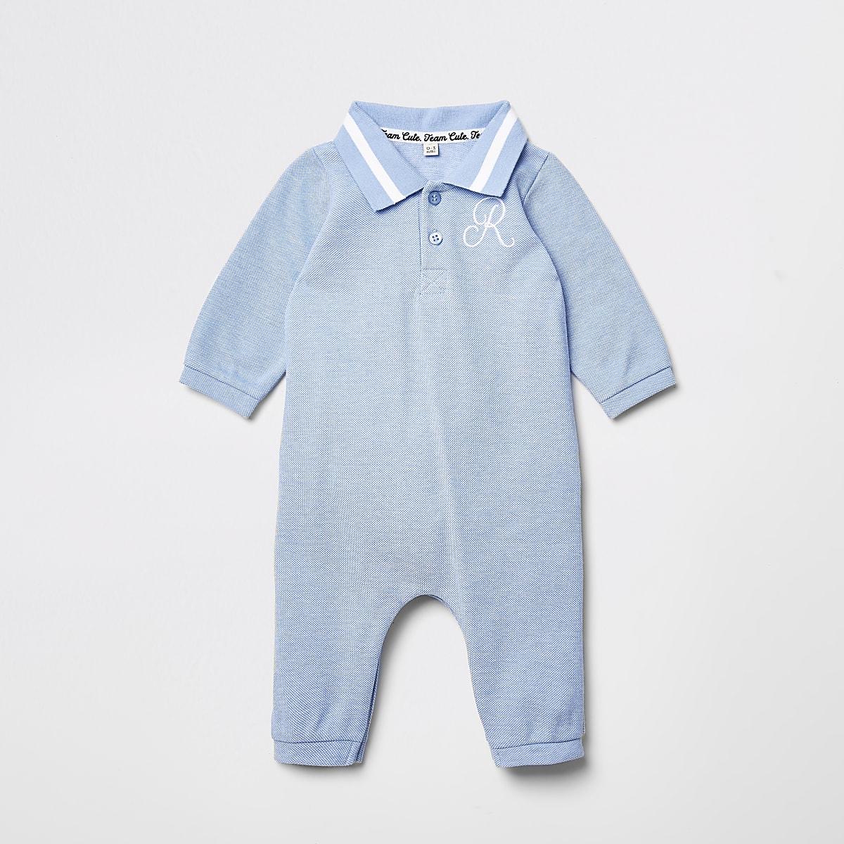 Blauwe babygrow met kraag met geborduurd R-monogram voor baby's