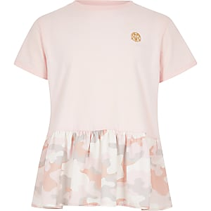 Rosa T-Shirt mit Schößchen und Camouflage-Print für Mädchen