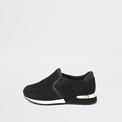 Mini girls black perforated runner trainers